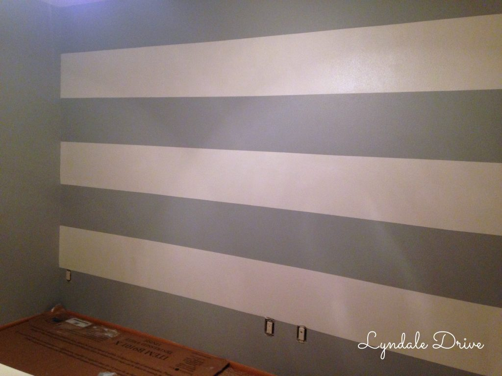 Gray-cream-Striped-wall