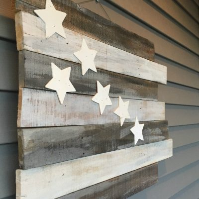 weathered-pallet-flag