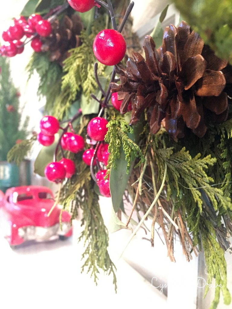 holiday-wreath-decor