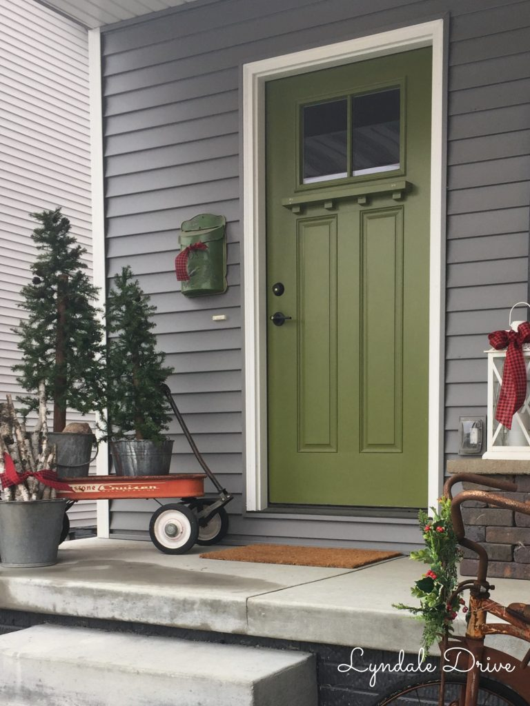 vintage-porch-decor