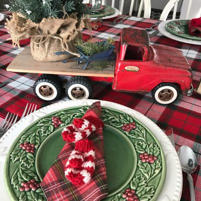 vintage-holiday-tablescape