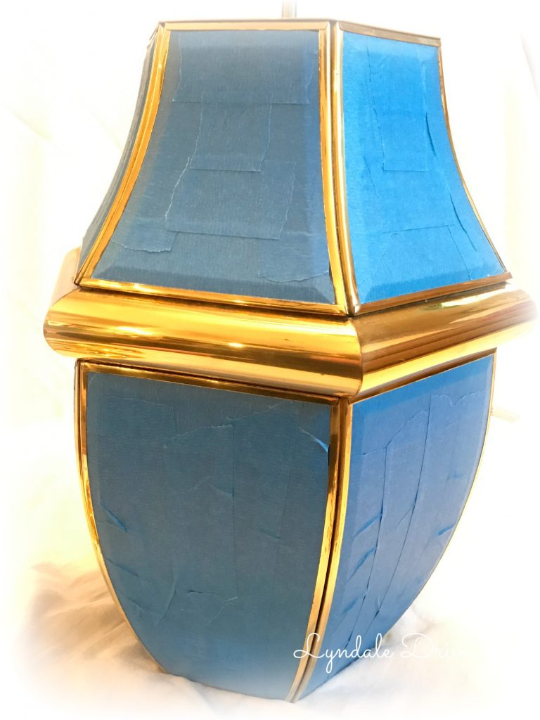 tape-brass-lamp