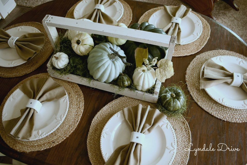 neutral-tablescapes